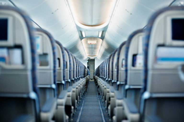 Here's the Fastest Way to Board an Airplane (So Why Does Nobody Use It?)